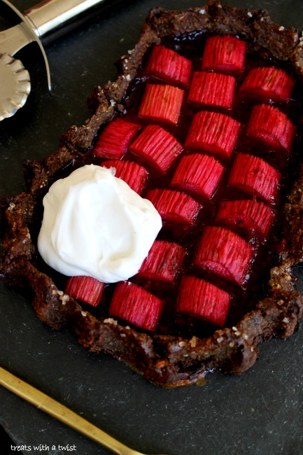 Rhubarb-Berry-Buckwheat-Pie 4