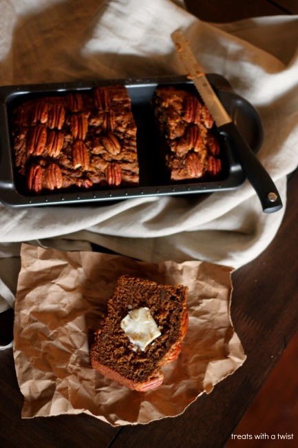Pecan Pie Banana Bread (treatswithatwist.com) #glutenfree