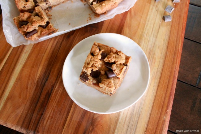 Peanut Butter Chocolate Chunk Cookie Bars 1