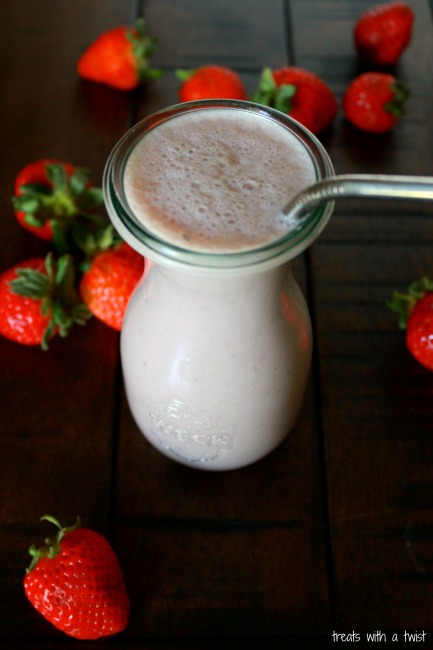 Strawberry Cashew Smoothie 5
