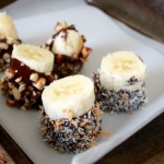 Chocolate Dipped Frozen Banana Bites // treatswithatwist.com