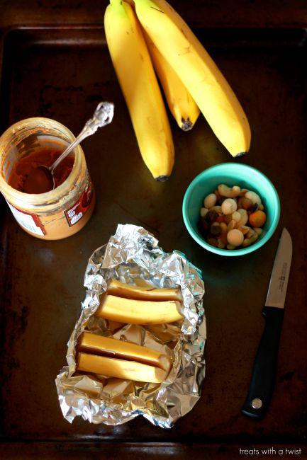 Roasted Trail Mix Bananas 1