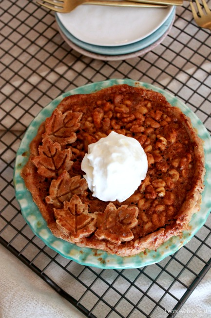 Salted Maple Walnut Pie // treatswithatwist.com