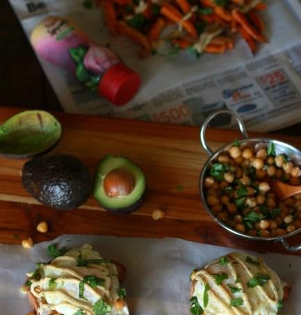 Garlic Herb Chickpea Sandwiches with Herby Sweet Potato Fries // gluten free // treatswithatwist.com