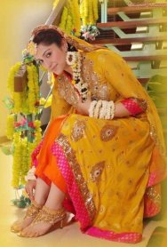 pakistani bridal mehndi dress collection