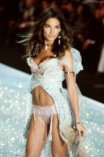 Lily Aldridge - Shipwrecked