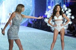 Taylor Swift and Lily Aldridge - Snow Angels