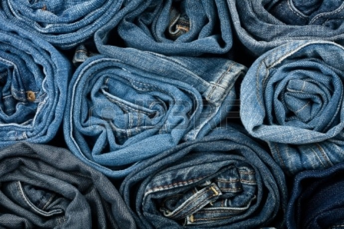 14405341-stack-of-blue-jeans