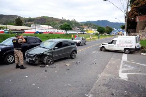acidente-brasil-olavo