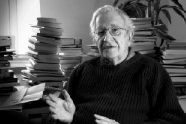 Noam-Chomsky-620x412