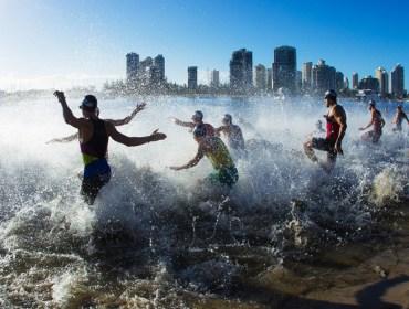 03-gold-coast-triathlon-promens-swim