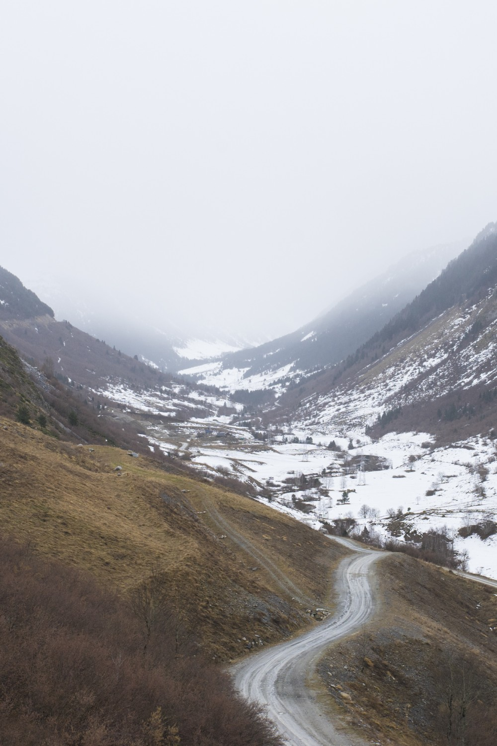 val-de-aran-valley-and-sanctuary-in-the-pyrenees-catalonia-spain