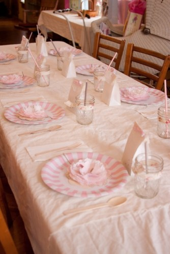 pink bird and branches inspired baby shower table settings (427x640)