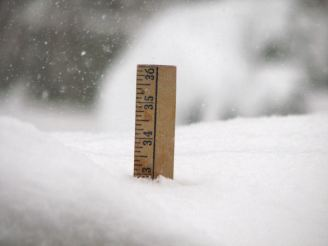 snow-yardstick-gallery