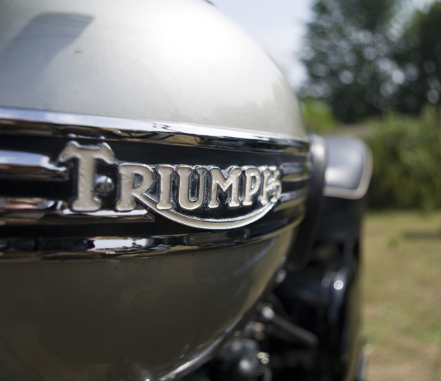 triumph_thunderbird_650_6T_17