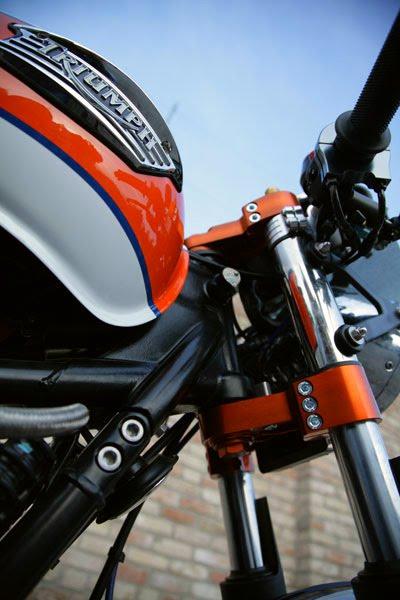 Triumph Thruxton by De Caesar Race Components 04