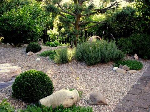 am    nager son jardin graviers plantes8