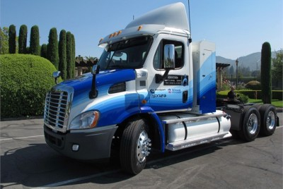 Test Drive: Natural Gas Freightliner Cascadia 113 - Article - TruckingInfo.com