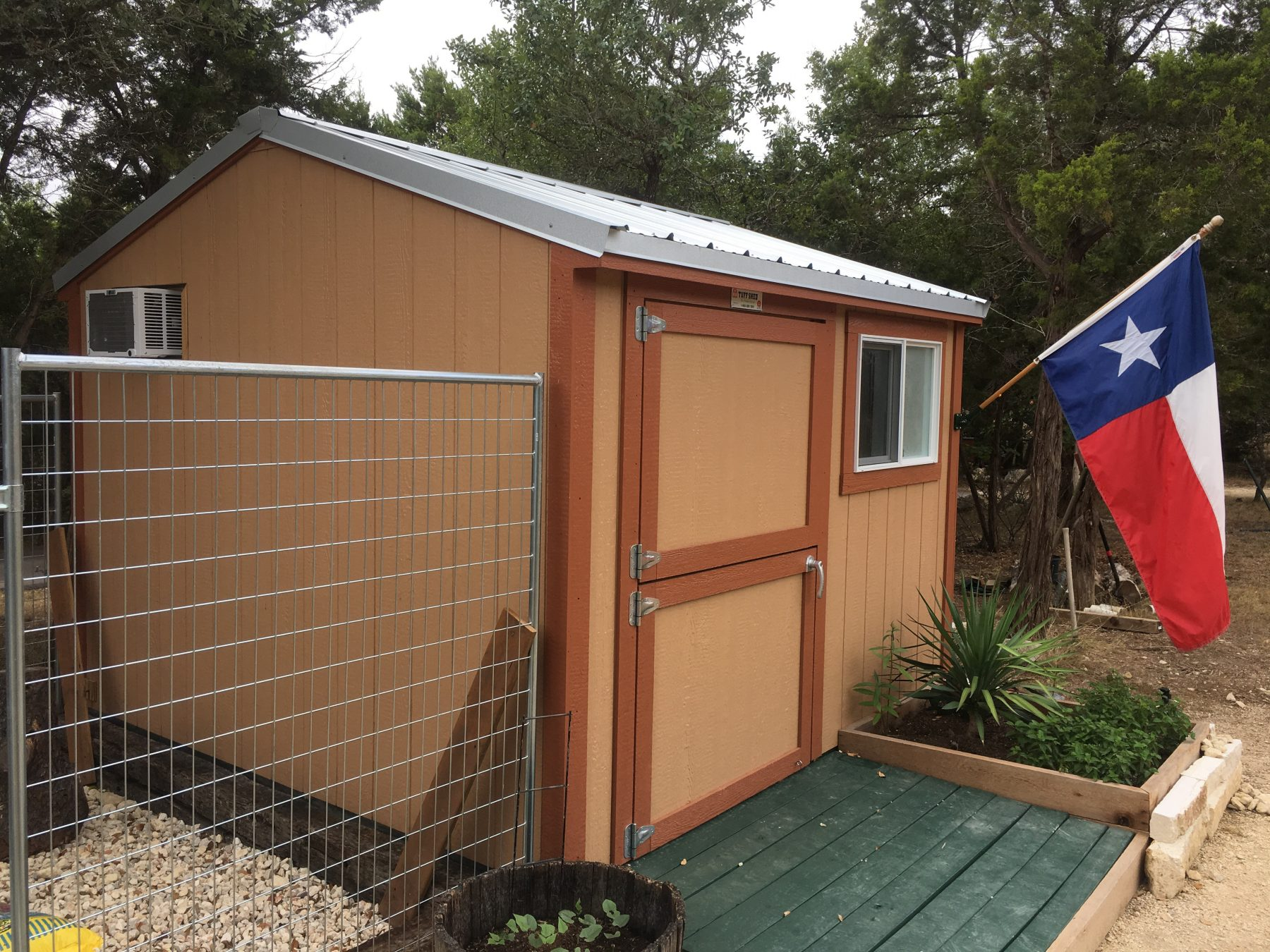 Fullsize Of The Dog House