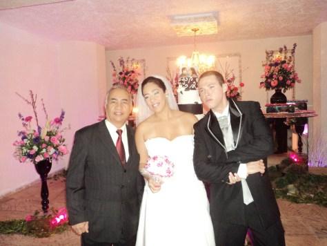 Foto tulio com noivos Carol e Fernando na Iris Cristal 13.7.13