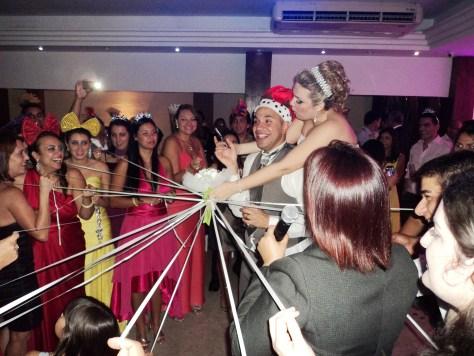 Momento de grande alegria da festa casamento Leo e Tatiane, 14.9.13