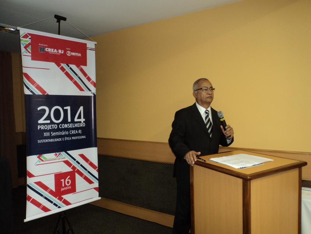 Na foto Túlio de Pinho fazendo a abertura do evento.