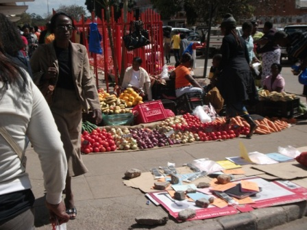 Police, LCC Issues Ultimatum To Street Vendors