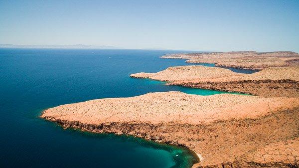 Recorriendo el Mar de Cortés desde un drone