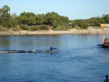 Deportes acuáticos en La Charqueada