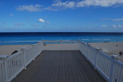 Playa Delfines(El Mirador)