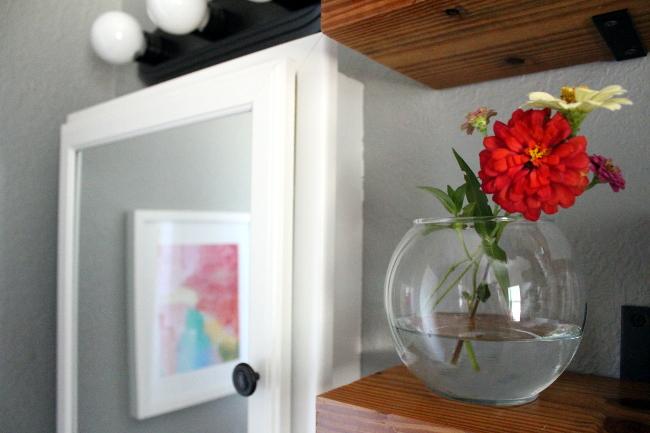 6-bathroom flowers