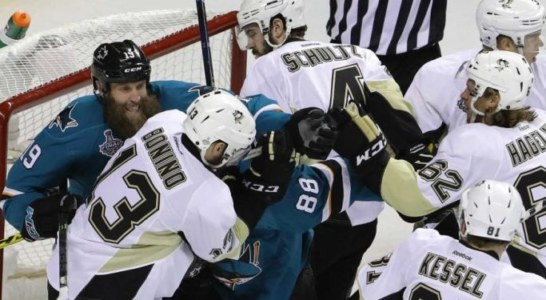 Qui NHL: Sharks-Penguins 1-3, è match point Pittsburgh