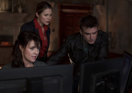 402 uprising l-r magnus (amanda tapping) abby (pascale hutton) will (robin dunne)