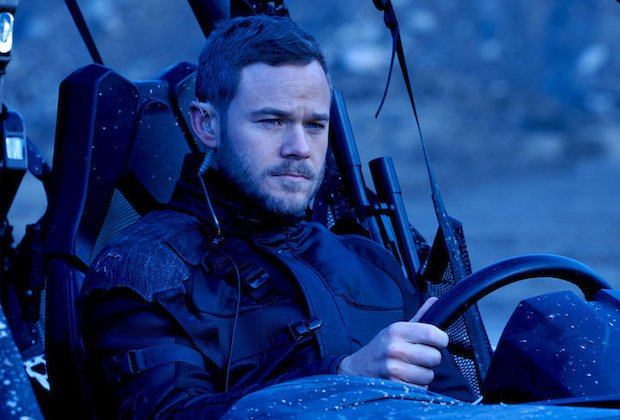 KILLJOYS -- Episode 203 -- Pictured: Aaron Ashmore as John -- (Photo by: Steve Wilkie/Syfy/Killjoys II Productions Limited)