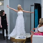 2 Broke Girls And Martha Stewart Have A Ball Episode 23 (11)
