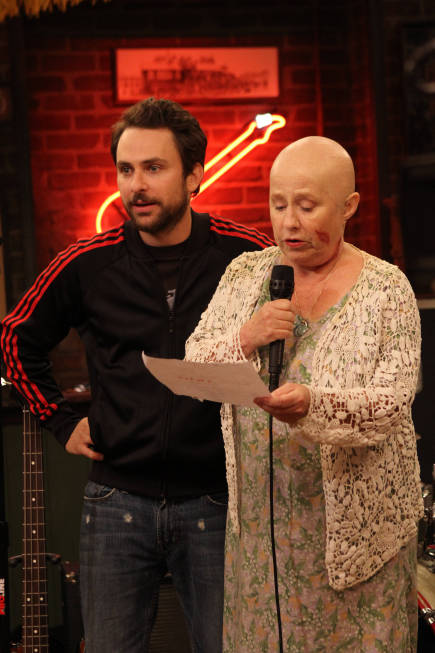 It's Always Sunny in Philadelphia Season 8 Episode 6 Charlie's Mom Has Cancer