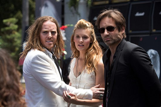 Californication Season 6 Episode 3 Dead Rock Stars (2)