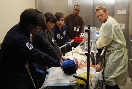 Grey's Anatomy Season 9 Episode 13 Bad Blood (4)