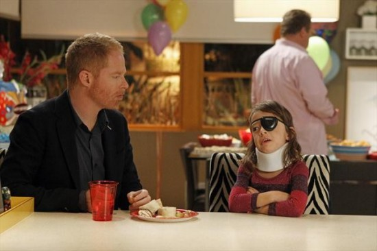 Modern Family Season 4 Episode 12 Party Crasher (7)