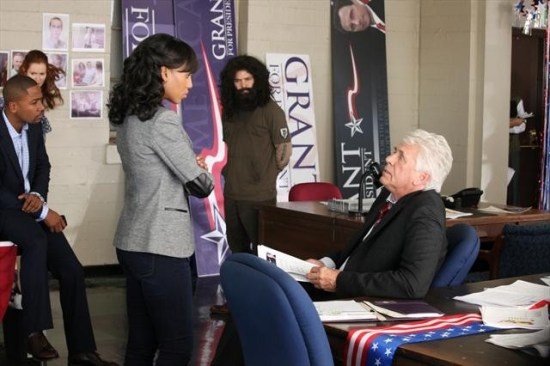 Scandal Season 2 Episode 11 A Criminal, a Whore, an Idiot and a Liar (7)