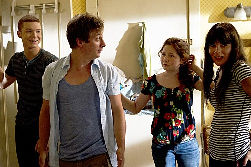 Shameless Season 3 Episode 2 The American Dream (8)