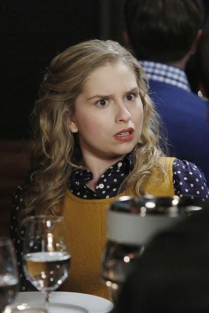 Suburgatory Season 2 Episode 11 Yakult Leader\ (4)
