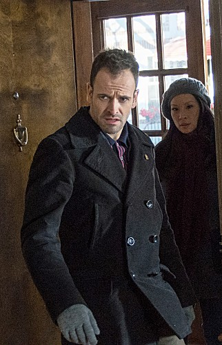 Elementary Episode 14 The Deductionist (25)