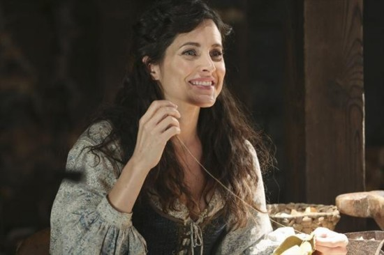 Once Upon a Time Season 2 Episode 14 Manhattan (9)