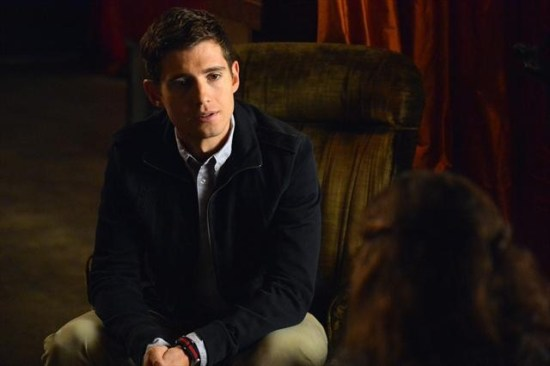 Pretty Little Liars Season 3 Episode 20 Hot Water (4)