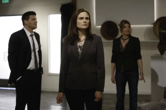 Bones Season 8 Episode 18 The Survivor in the Soap (6)