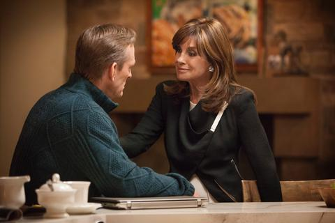 Dallas (TNT) Season 2 Episode 9 Ewing's Unite! (2)