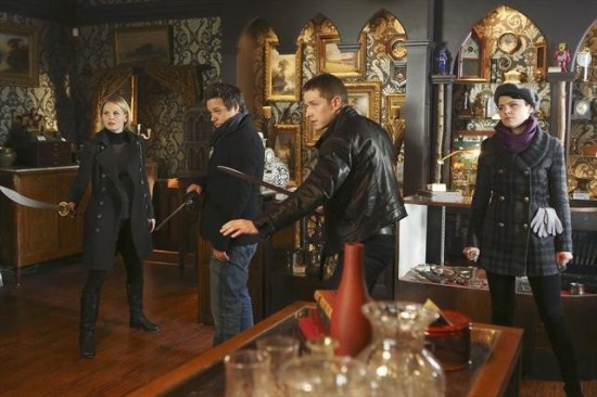 "Once Upon a Time Season 2 Episode 16 ""The Miller's Daughter"" (1)"