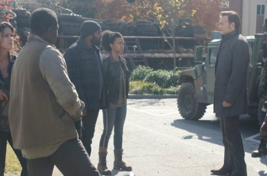 The Walking Dead Season Finale 2013 Welcome to the Tombs01