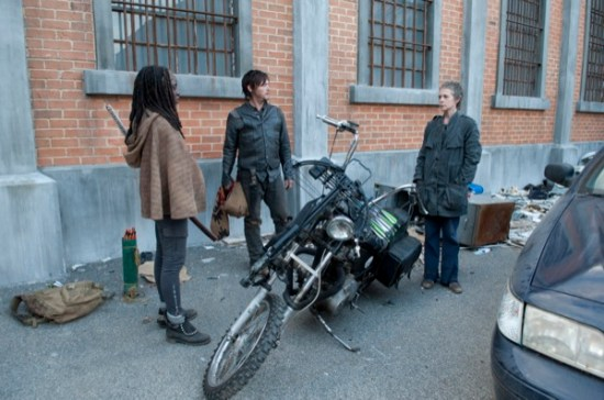 The Walking Dead Season Finale 2013 Welcome to the Tombs08